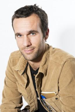 Retrato de Raúl Serrano